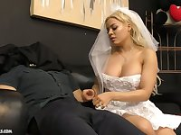 Cuban bride Luna Star gives a blowjob and tugjob to her submissive groom